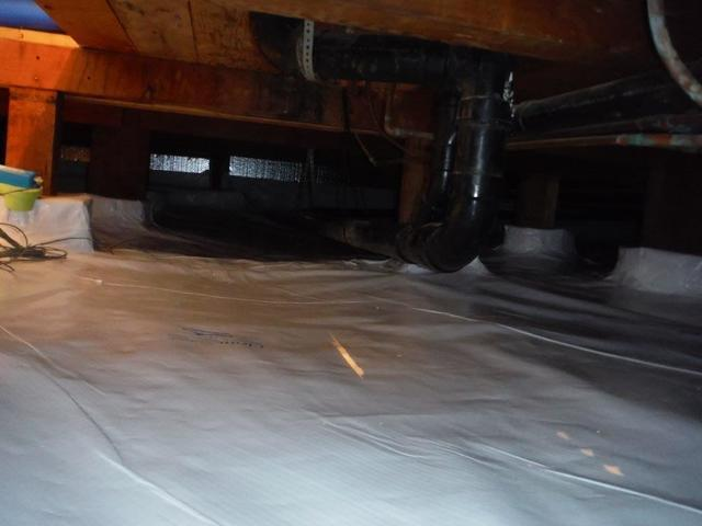 Crawl Space Encapsulation with Insulation in Beaverton Oregon