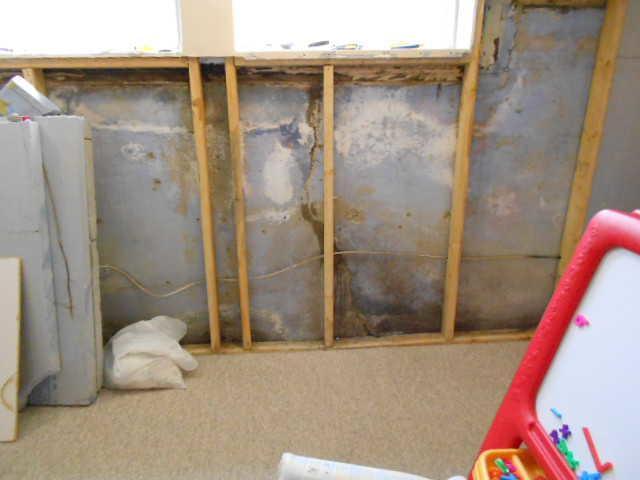 Waterproofed Basement in Pincourt, Qc - Before Photo