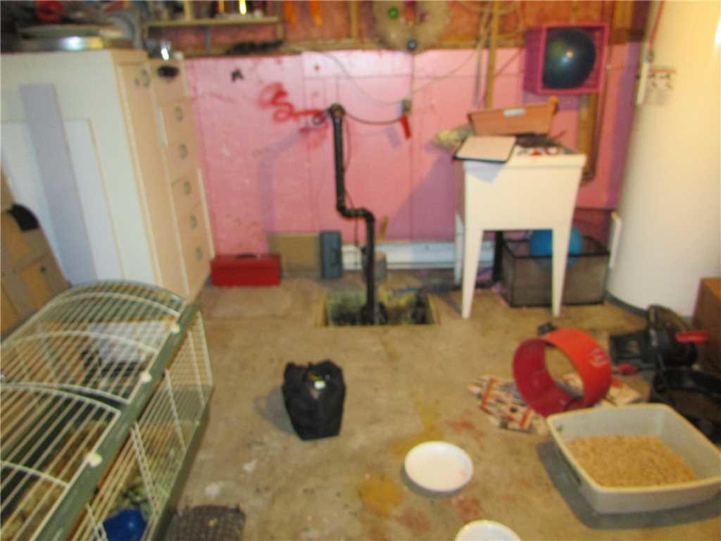 Un sous-sol imperméabilisé à Saint-Polycarpe - Before Photo