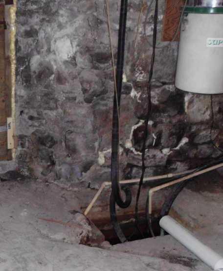 Waterproofing a basement in Hemmingford, Qc - Before Photo