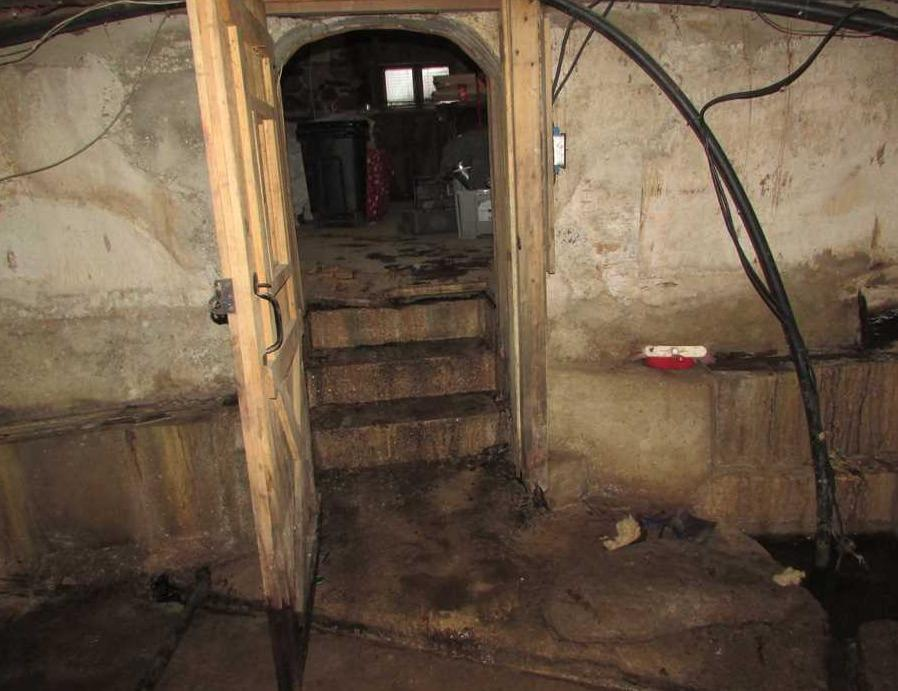 Waterproofing a wet basement in South Lancaster, QC - Before Photo