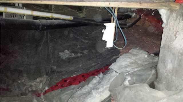 Encapsulation of a crawl space in Le Plateaux Mont Royal,Montreal