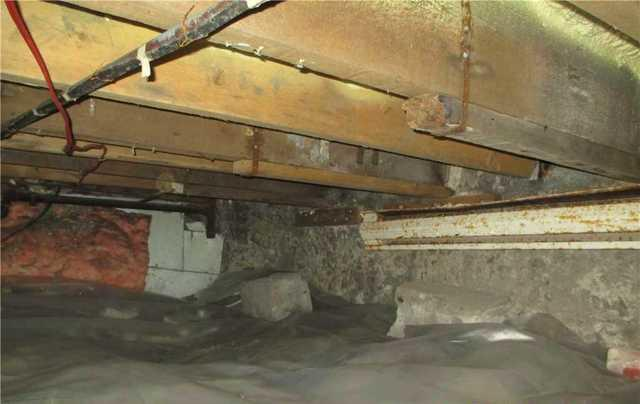 Crawl Space Encapsulation in Hochelage, Montreal