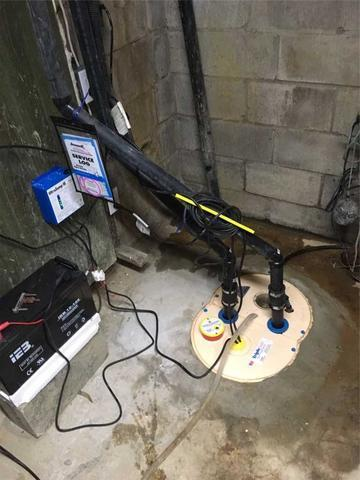 An old sump pump replaced by the TripleSafe in Boisbriand!