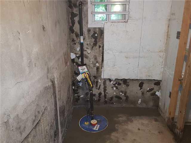Problème de fuite d'eau réglé dans une chambre froide à Montréal