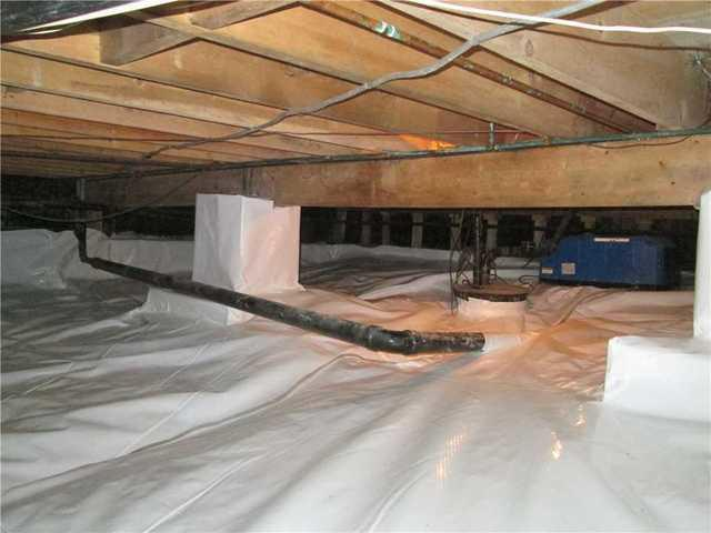 Encapsulation of a crawl space in Saint-Hyacinthe