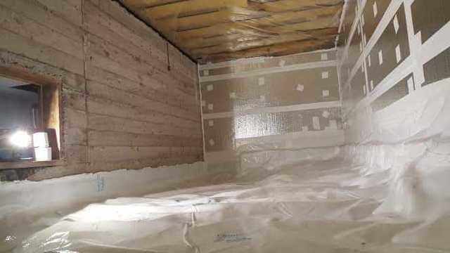 Insulated and encapsulated crawl space in Baie-d'Urfé