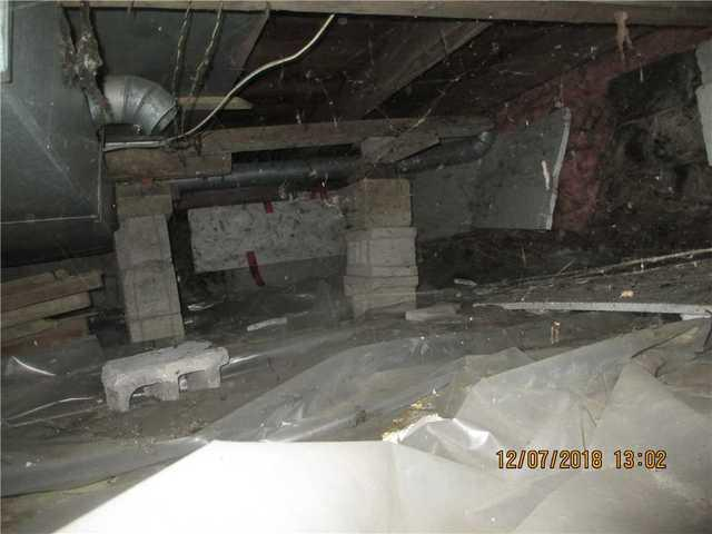 Stabilizing a crawl space foundation in Longueuil, Qc