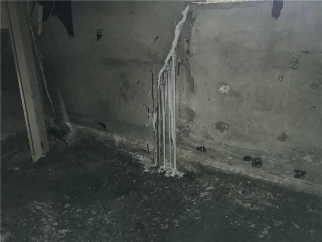 Réparation de fondations de l'intérieur à Sainte-Thérèse, Qc