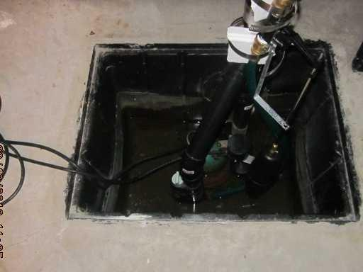 Replacing an old sump pump with our SuperSump pump system in Saint-Basile-Le Grand, Qc
