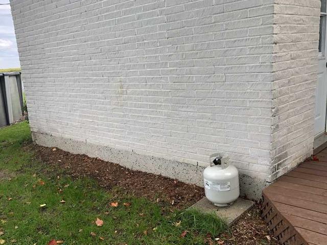 Murs de fondation ayant besoin de support à Sainte-Brigide-d'Iberville, Qc