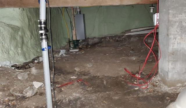 Encapsulation of a crawl space with CleanSpace in Lachine, Qc