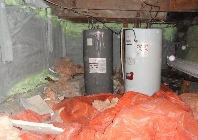 Installation of a vapor barrier and a sump pump in a crawl space in Gatineau, Qc