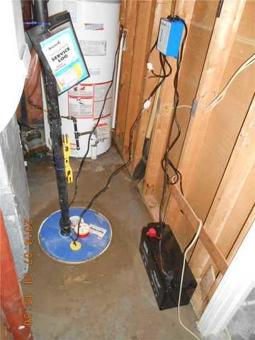 Sump pump system with battery backup in Hawkesbury
