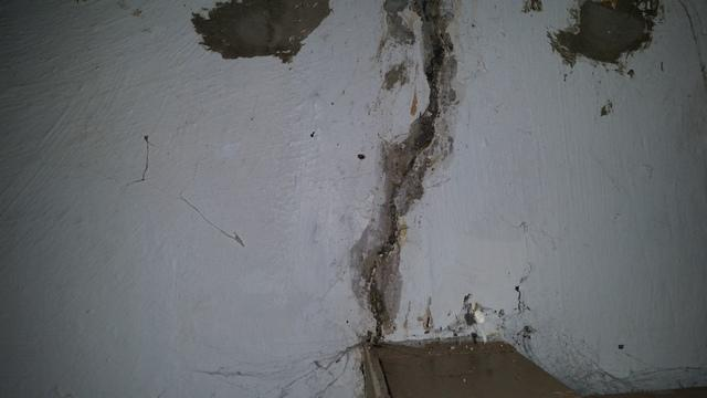 Crack Injection in Marseilles, IL