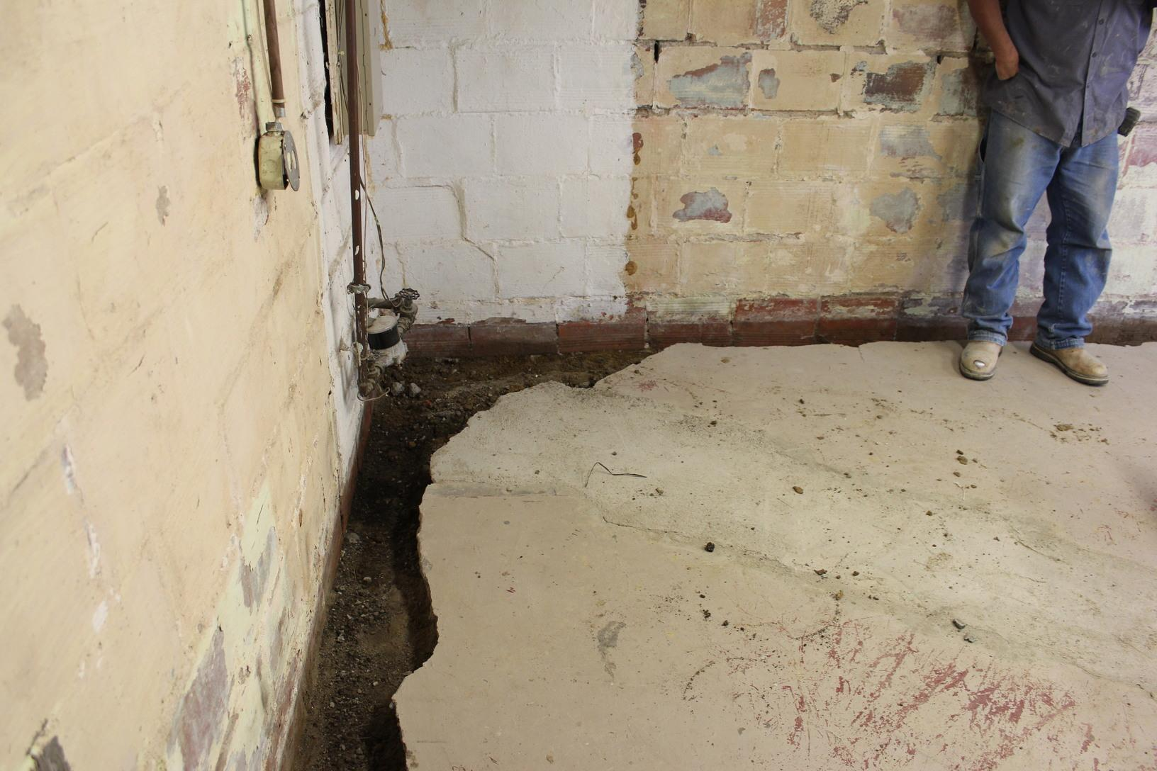 Waterproofing Basements in Des Moines, IA - Before Photo