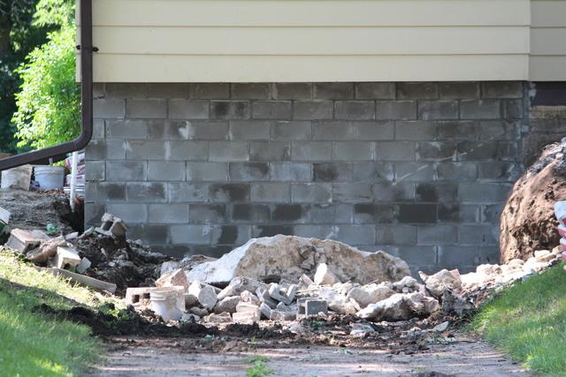 Block Wall Replacement in Des Moines, IA