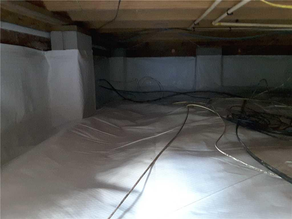 Crawl Space Encapsulation Reduces Moisture in Mount Pleasant, SC Crawlspace - After Photo