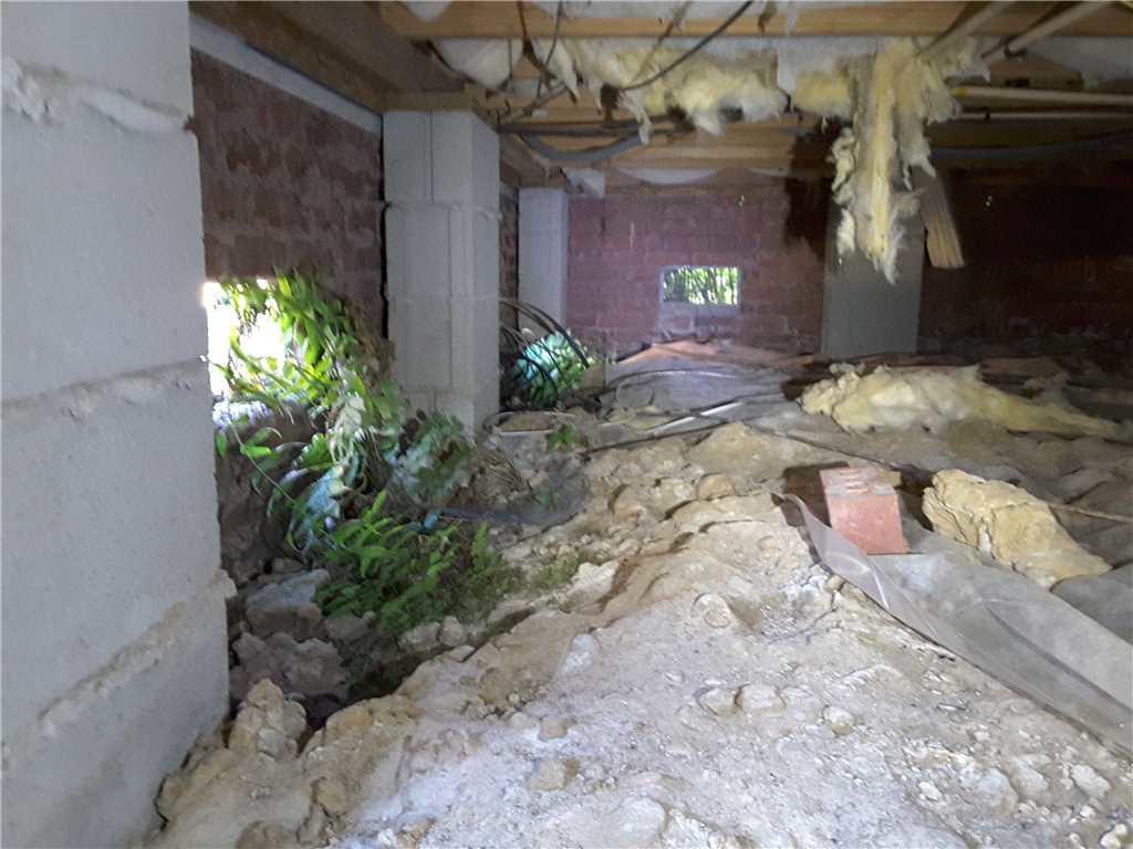 Crawl Space Encapsulation Reduces Moisture in Mount Pleasant, SC Crawlspace - Before Photo