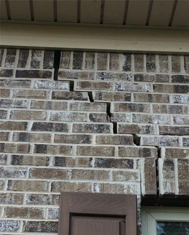 Push Piers Fix Large Foundation Cracks in Milledgeville, GA