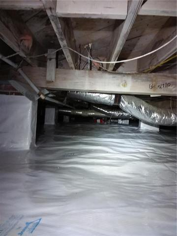 Crawl Space Encapsulation in Charleston, GA