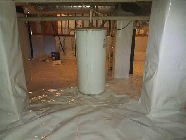Very Tall Crawl Space in Gray, GA Becomes Useable Storage Space for Homeowners