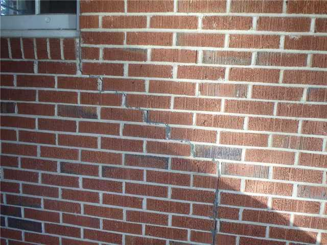 Cracked Mortar no Longer a Problem With a Push Pier System in Macon, GA