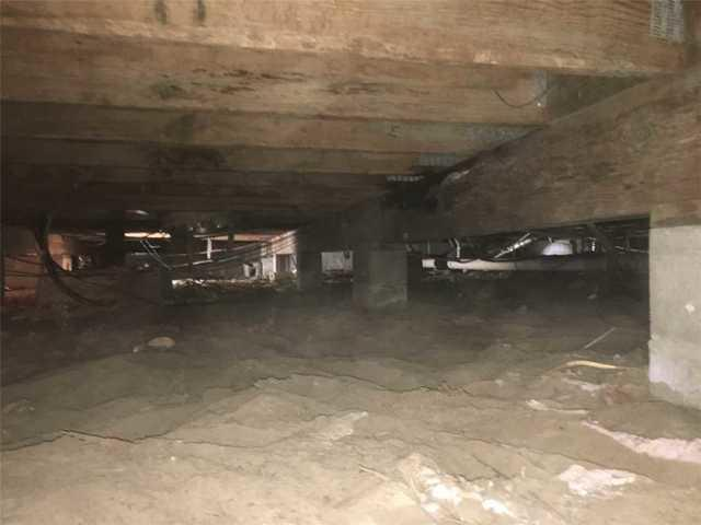 Pest-Filled Crawl Space Encapsulated, Sealed, in Beaufort, SC