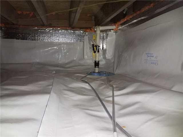 Humid Crawl Space Encapsulated in Fort Valley, GA