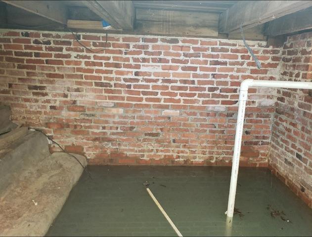Sinking and Tilting Foundation in Reynolds, GA