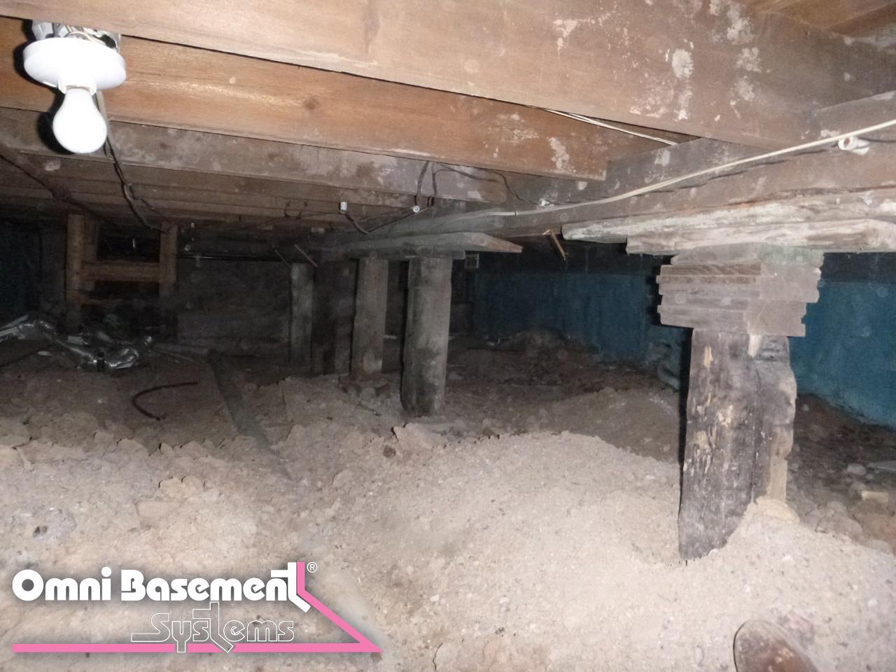 Best Crawlspace Repair in Fenwick - Before Photo