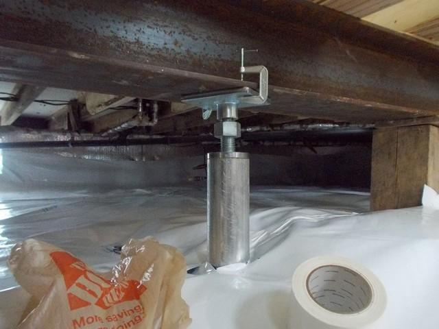 Crawlspace vapor barrier and encapsulation in Selkirk