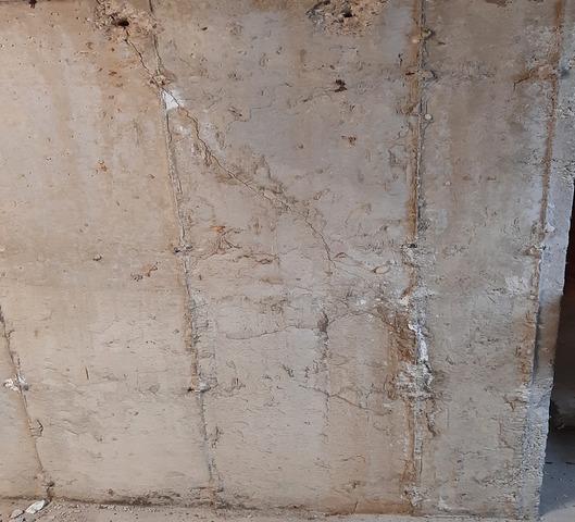 Wall Crack sealed in Burlington, ON