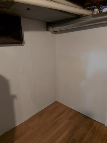 Flooring and wall finish
