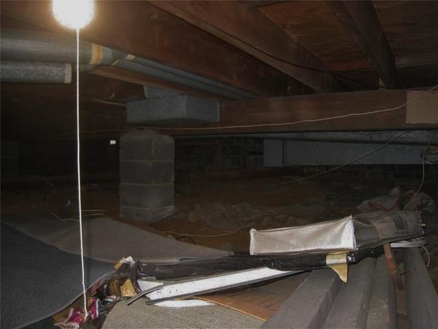 Moisture Barrier Installed in Crawl Space in East Brunswick, NJ