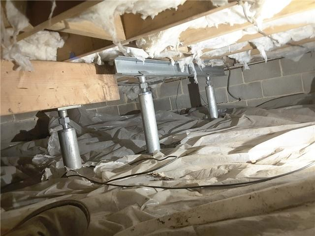 Foundation Cracks in Manahawkin, NJ Crawl Space