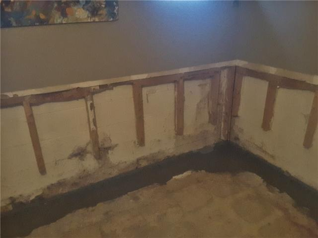 Wall Damaged From Water Entry Repaired in Old Bridge, NJ
