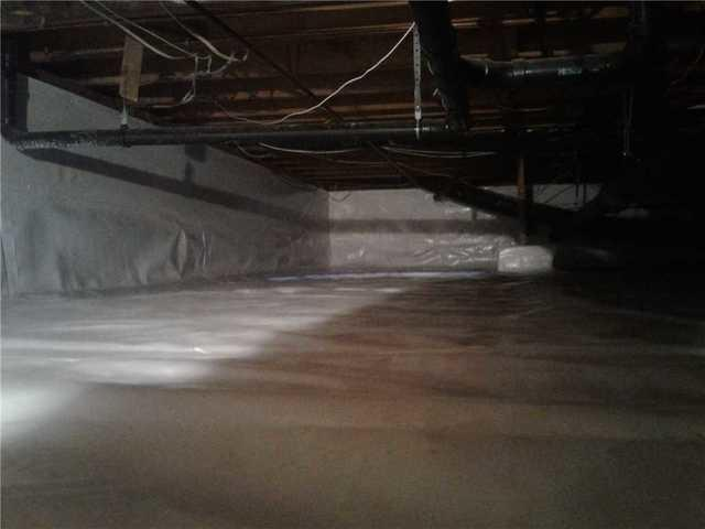 Dry, Clean Crawl Space in Little Silver, NJ