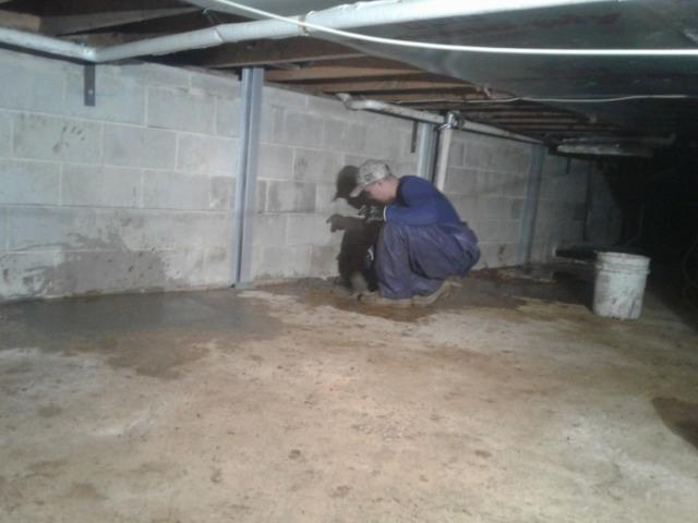 Foundation Cracks Repaired in Freehold, New Jersey Crawl Space