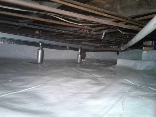 Nasty Crawl Space with Falling Insulation in South Pllainfield, NJ