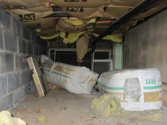 Crawl Space in Carteret, NJ Gets CleanSpace Vapor Barrier