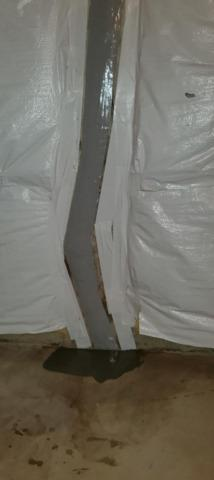 Basement Wall Crack in Flemington, New Jersey