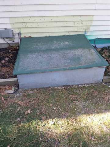 Waterproof Crawl Space Door Installed in Manchester Township, NJ