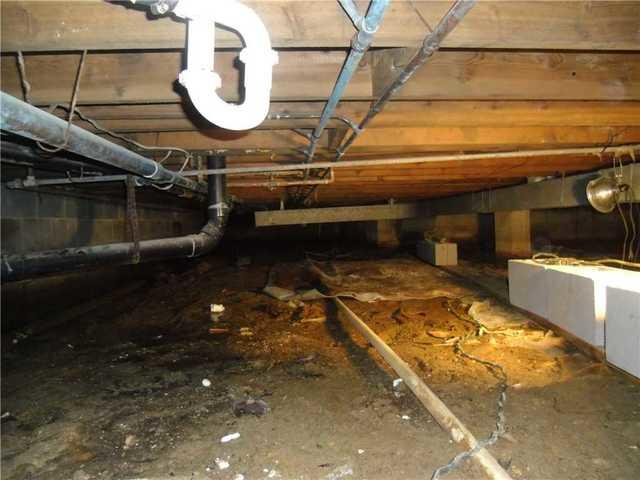 Crawl Space Dirt Floor Causes Moisture in Point Pleasant Beach