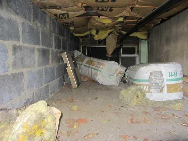 Debris Removal and Repair in Carteret, NJ Crawl Space