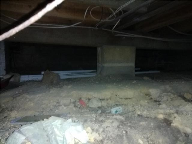 Clean, Waterproof Crawl Space in Monmouth County, NJ