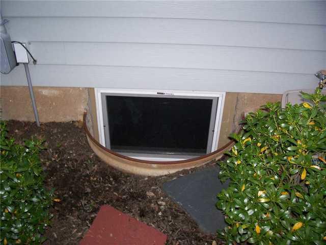 Wet Basement Caused by Overflow in Basement Windows in Short Hills, NJ