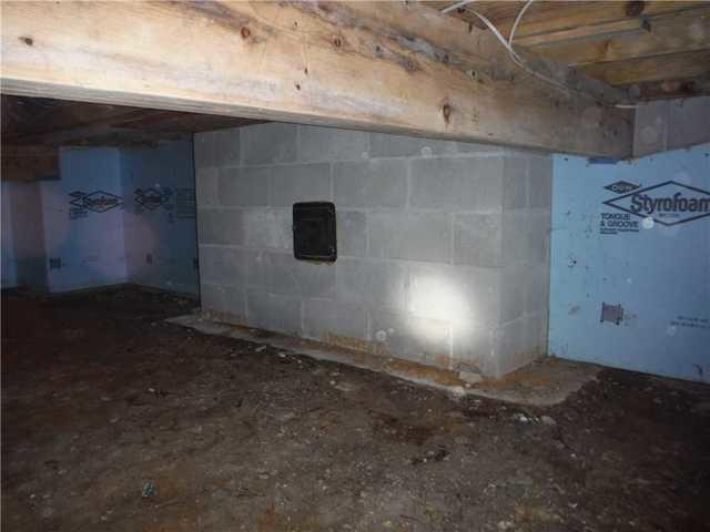 CleanSpace Helps Maintain an Empire, MI Crawl Space