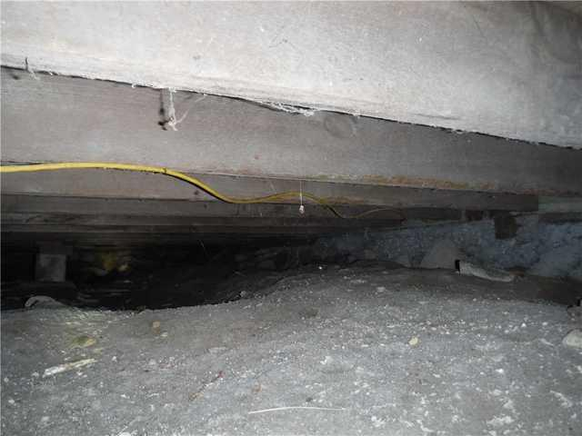 CleanSpace Keeps Water Out of a Evart, MI Crawl Space