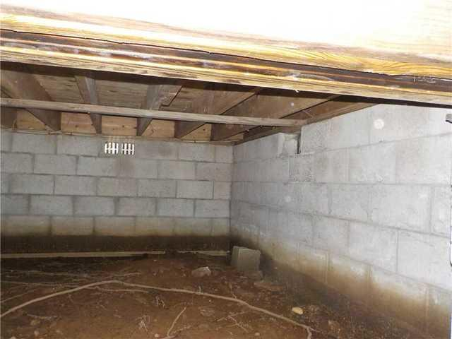 CleanSpace Restores Moldy Crawl Space in Baldwin, MI